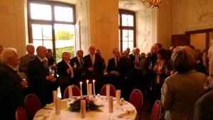Casinogesellschaft_Muelheim-an-der-Ruhr_Jahresausklang_Schloss_Schellenberg,Essen_Dr.Henner_Kollnig-Mitte-mit_Manuskript_Foto_Ivo_Franz